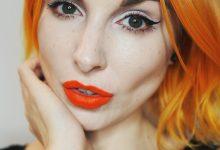 How I wear Kat Von D Beauty 'A Go Go' Liquid Lipstick.